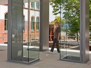 Gläsernes-Foyer-Gedenkstätte-Ahlem