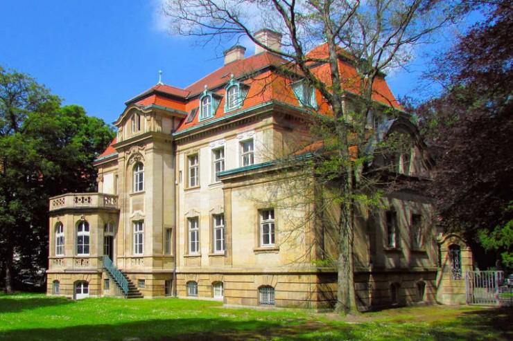Villa-Seligmann