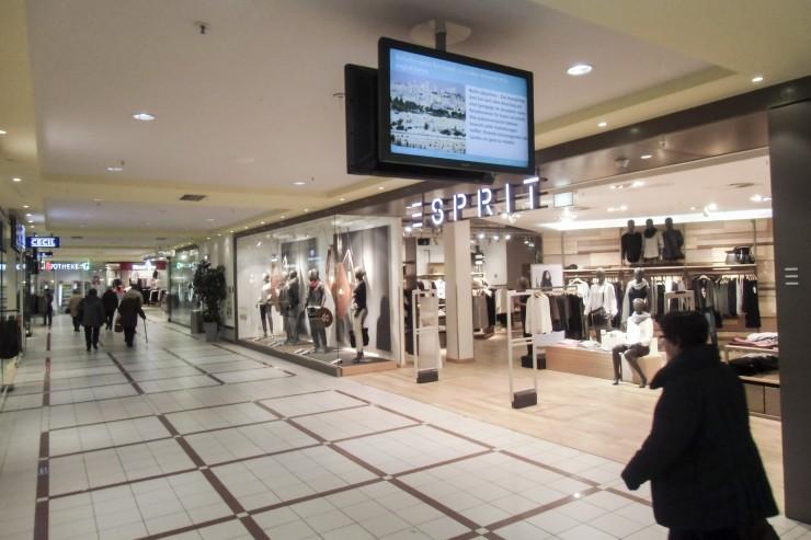 Shopping Plaza Innen (6)